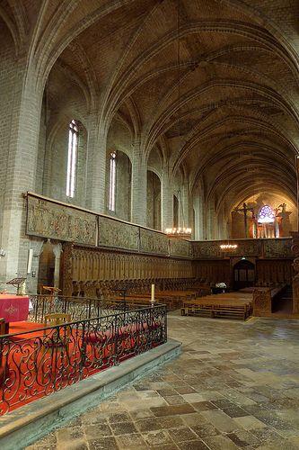 Chœur Des Moines Abbatiale Xive S De La Chaise Dieu Haute Loire France France Fireplace Explore