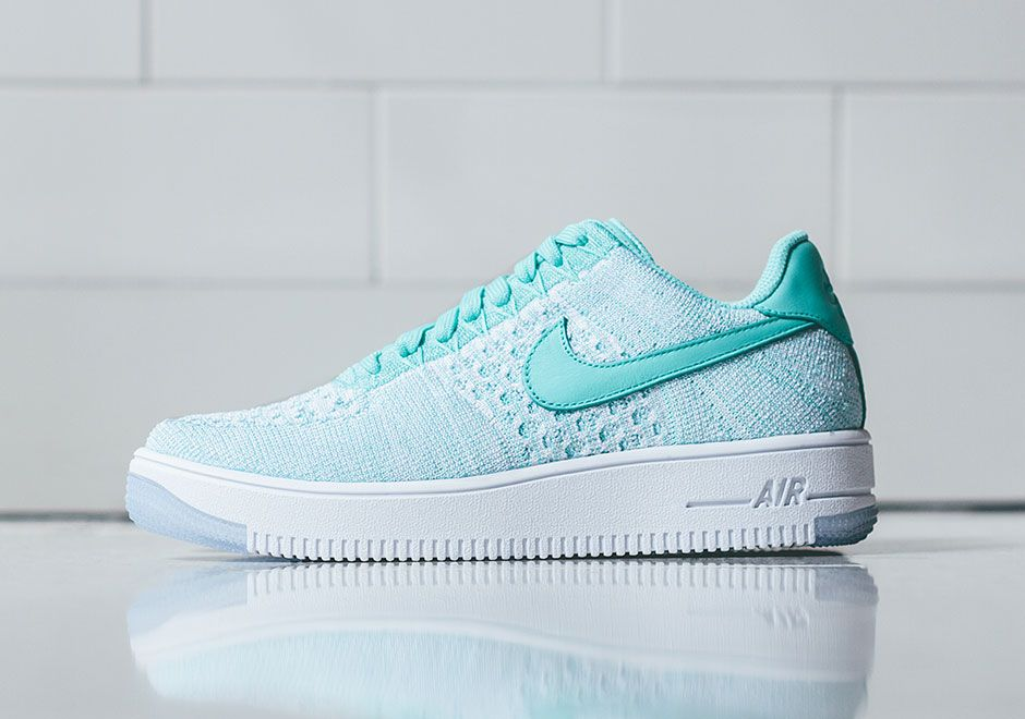 Nike Air Force 1 Faible Flyknit De Buybuy