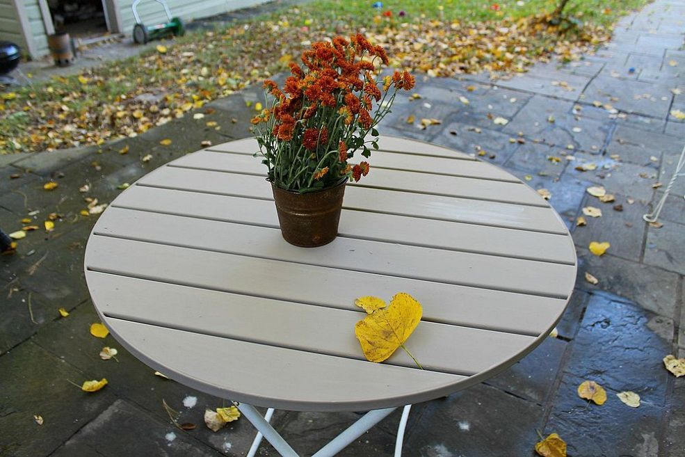 annie sloan resurfaced outdoor table coco outdoor tables annie rh pinterest com