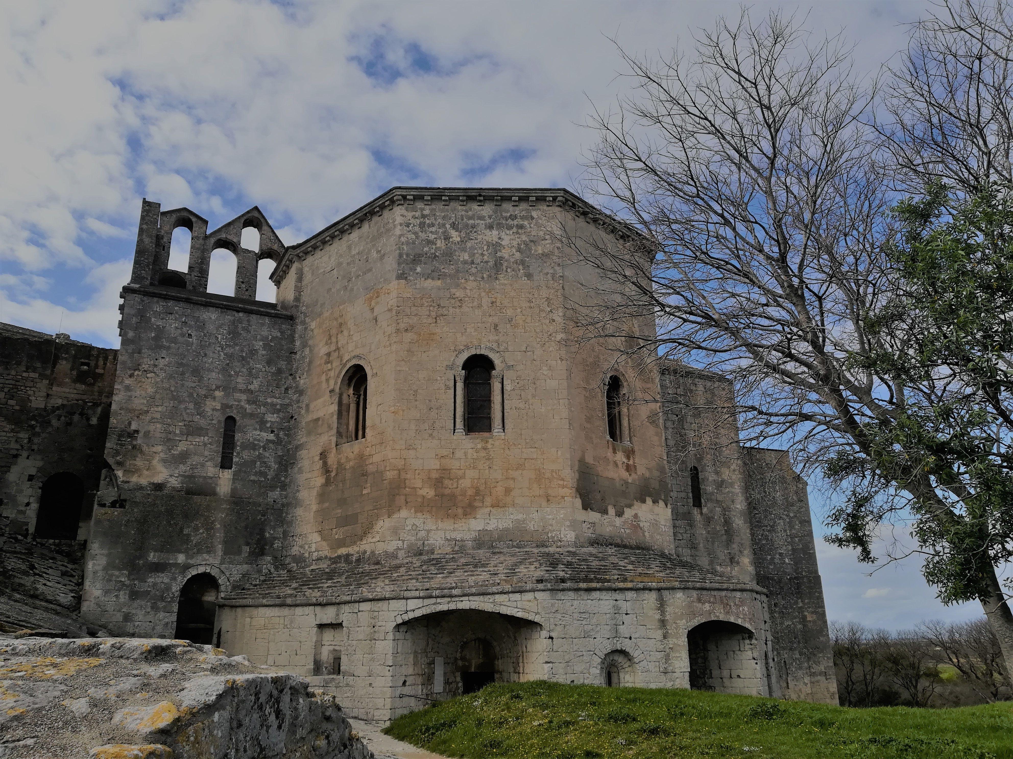 Abbaye De Montmajour Photo Hdr Road
