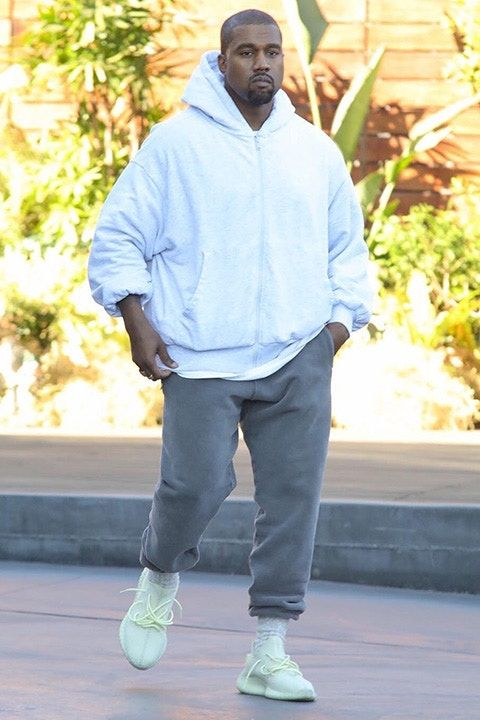 Kanye West Steps Out On Black Friday In Unreleased Yeezy Boost 350 V2 Yeezy Outfit Kanye West Outfits Yeezy Boost Outfit