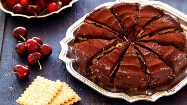 Recette de Gâteau au Petit Beurre et au Chocolat   Petit ...
