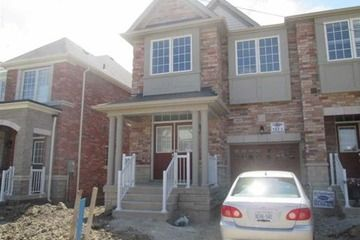 Awesome Att Row Twnhouse 4 Bedroom S Brampton 2 000 Best Image Libraries Barepthycampuscom