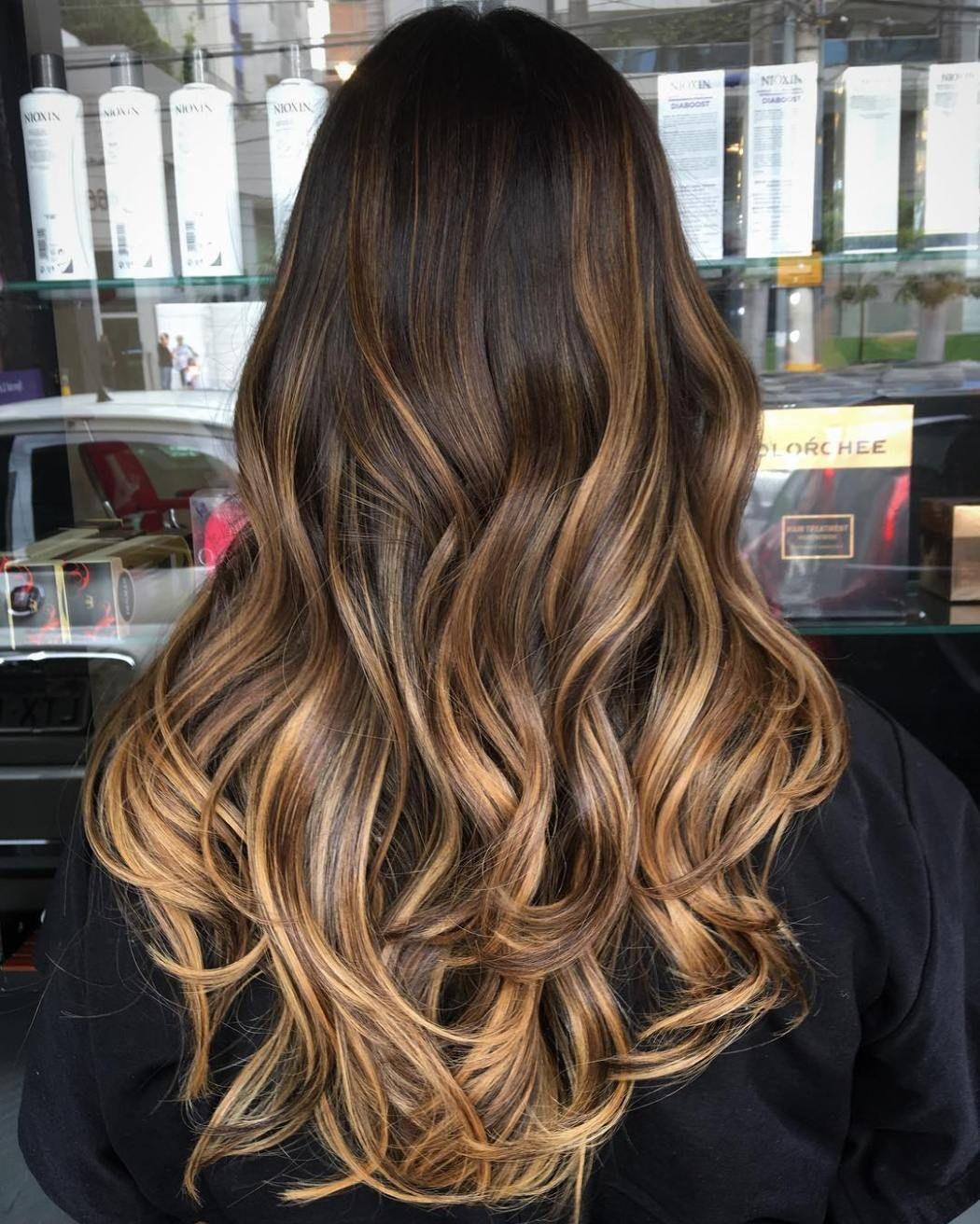 Caramel Ombre Highlights | Cabelo, Cabelo escuro, Luzes cabelo