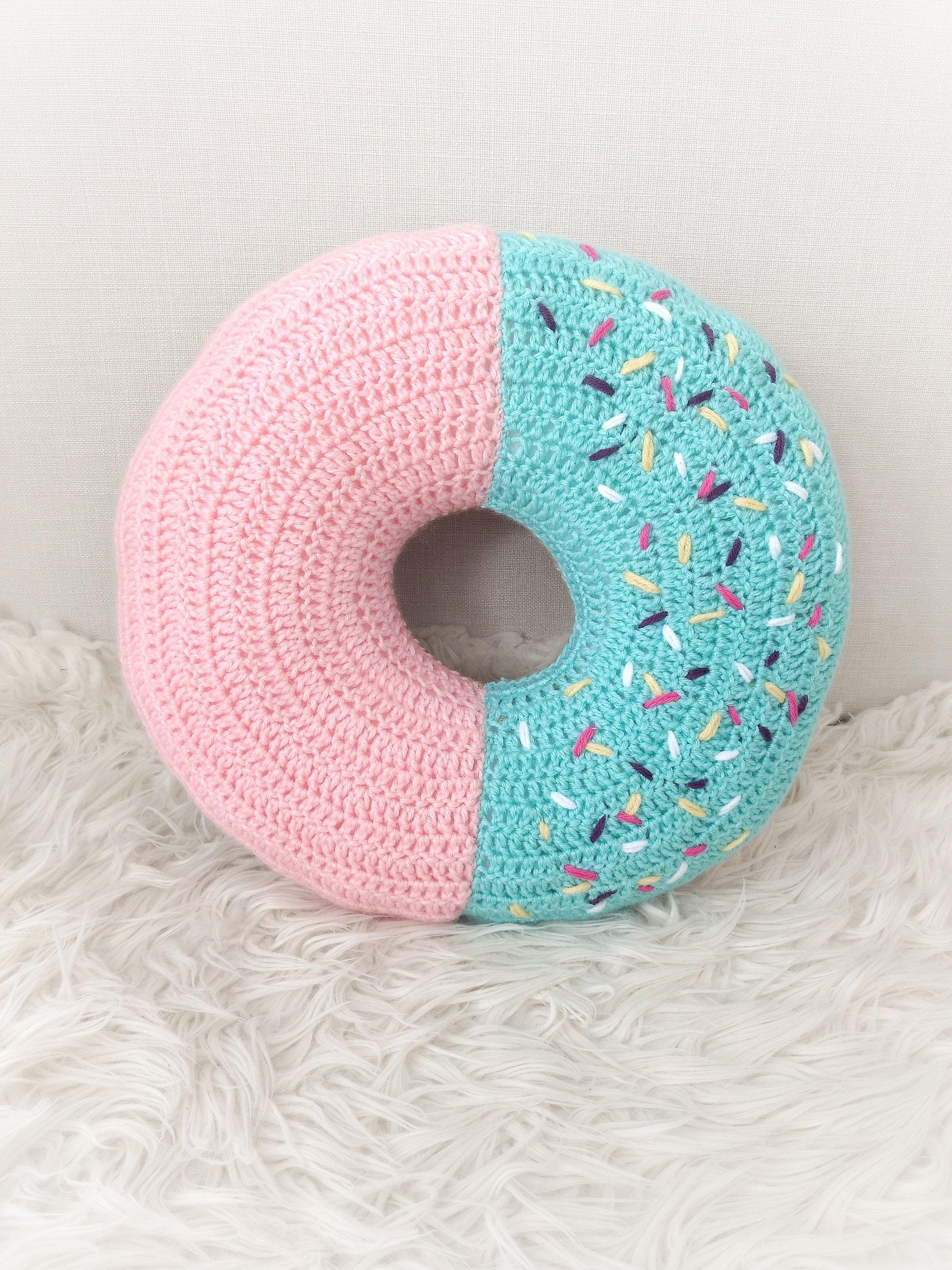 How to Crochet Amigurumi Donut - Free Pattern | Croby Patterns | 3000x2250