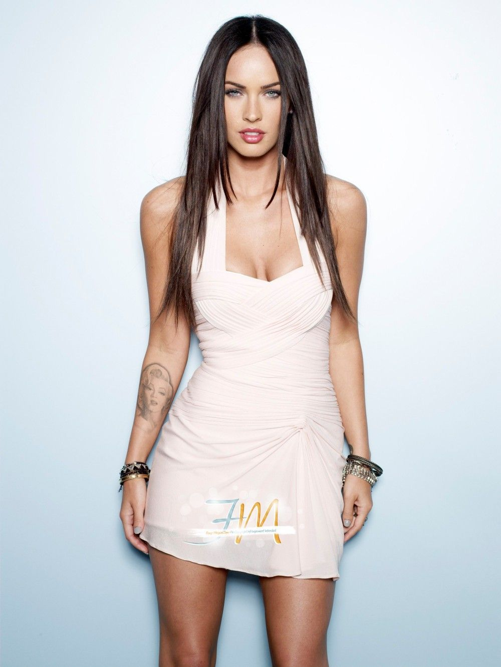 Redbalcony High Quality Picture Of Megan Fox Megan Fox Transformers Megan Fox Hot Megan Fox Photos [ 1331 x 1000 Pixel ]