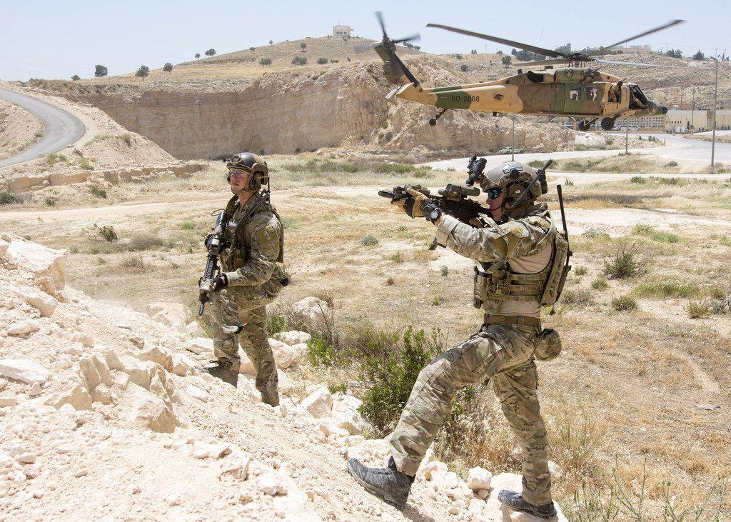 USAF Special Tactics Along With Jordanian Hawk(1024 x 731