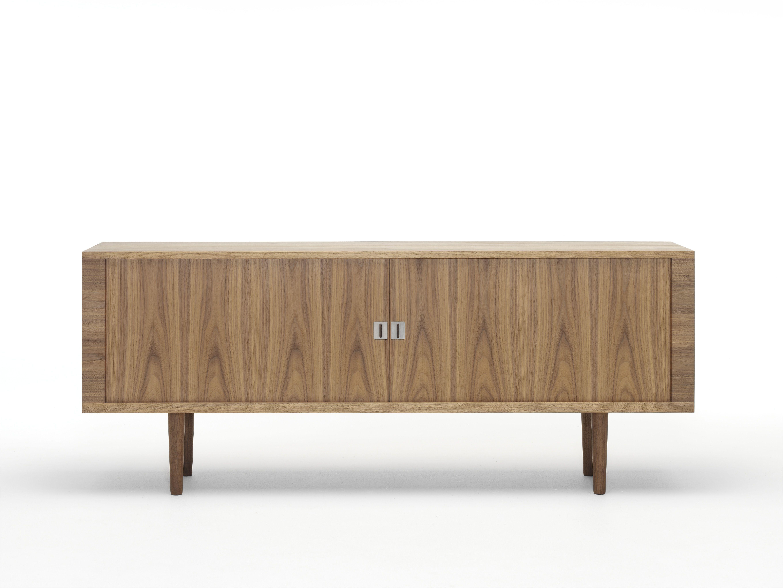 Credenza Ch825 By Hans J Wegner Carl Hansen Son Modern Buffets And Sideboards Credenza Design Hans Wegner Furniture