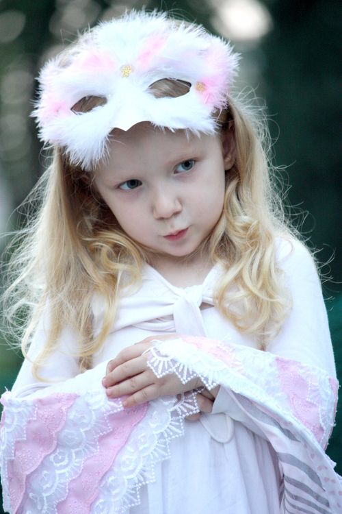 Halloween 2013 snowy owl princess snowy owl princess costumes snowy owl princess solutioingenieria Image collections