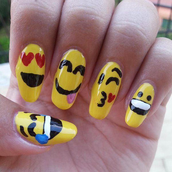 Let\'s Make Some Cute Emoji Nail Art | Emoji nails and Beauty nails