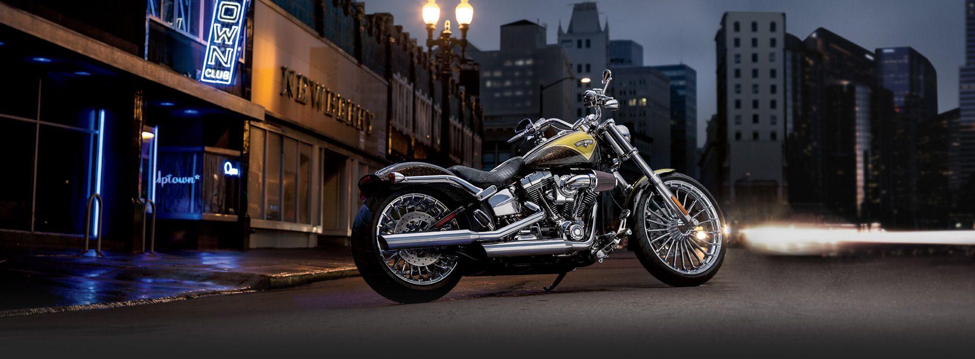 CVO™ Breakout™ Harley | Motorcycle Sport Custom | Harley-Davidson