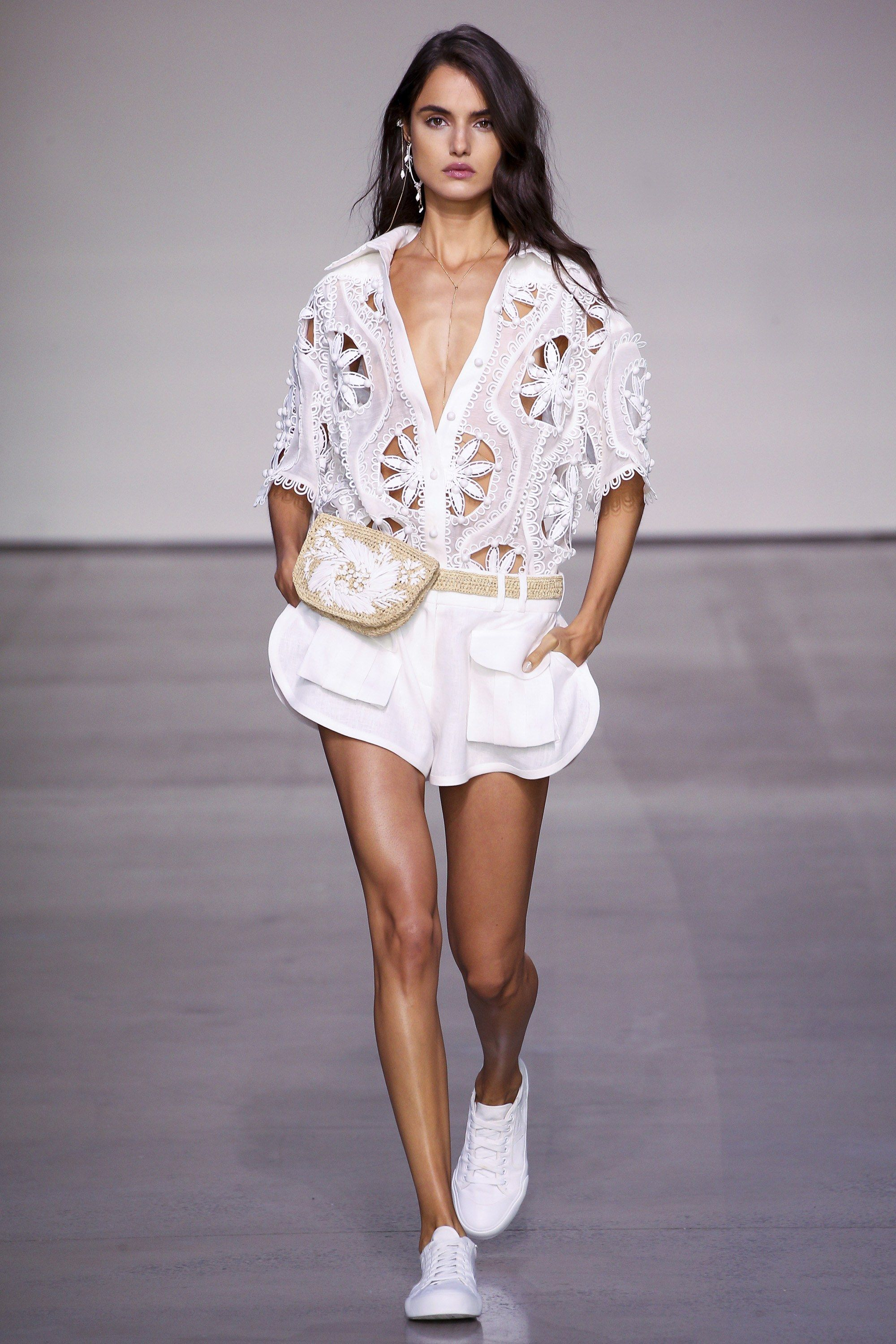 3fac9c10ce0c Zimmermann Spring 2018 Ready-to-Wear Collection Photos - Vogue