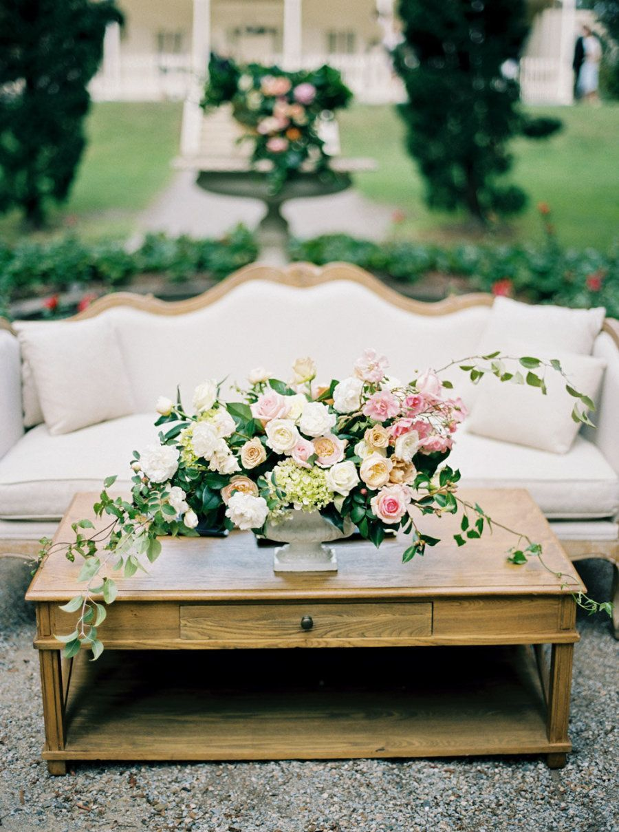 A Dream Status Garden Wedding Planned In Six Months Garden Wedding Dream Day Wedding Garden Wedding Decorations