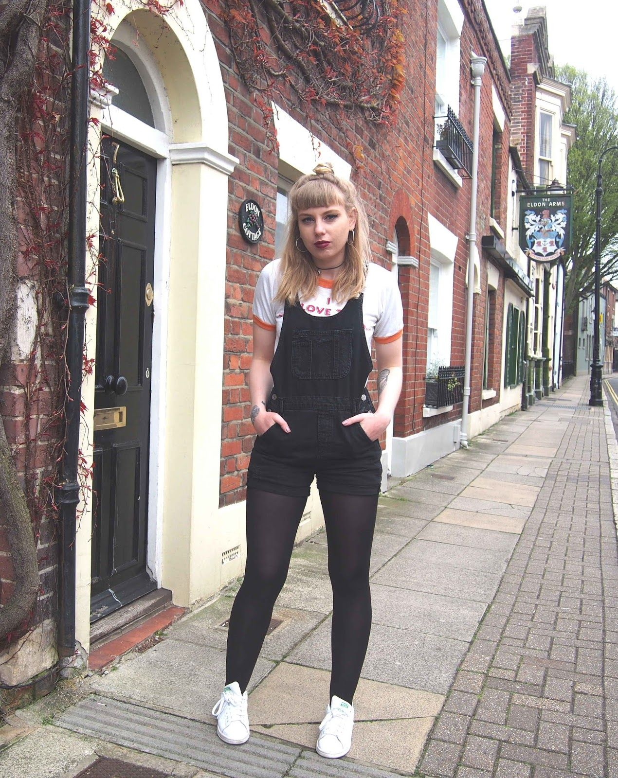 Black t shirt grunge - Black Distressed Dungarees Ringer Tee 70s T Shirt Spring Summer Outfit Inspiration