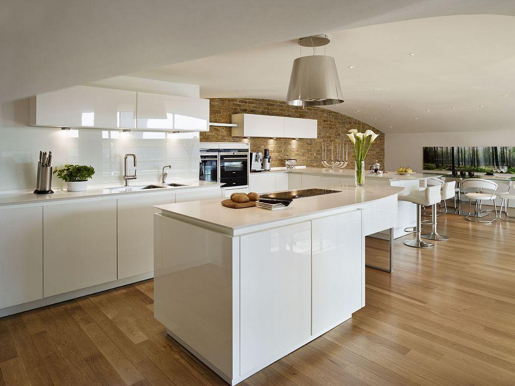 Alno kitchen cabinets chicago - Lawrence Alno Star Highline High Gloss White Kitchen Siemens Appliances Corian Worktops