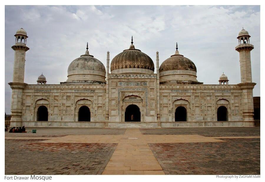 Fort drawar mosque Pakistan