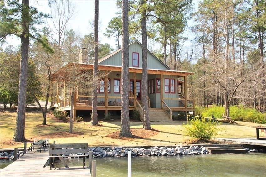King 39 s cove lake martin lake house eclectic alabama for Home builders in south alabama