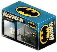 Papercraft imprimible y recortable de camión de juguete de Batman. Manualidades a Raudales.