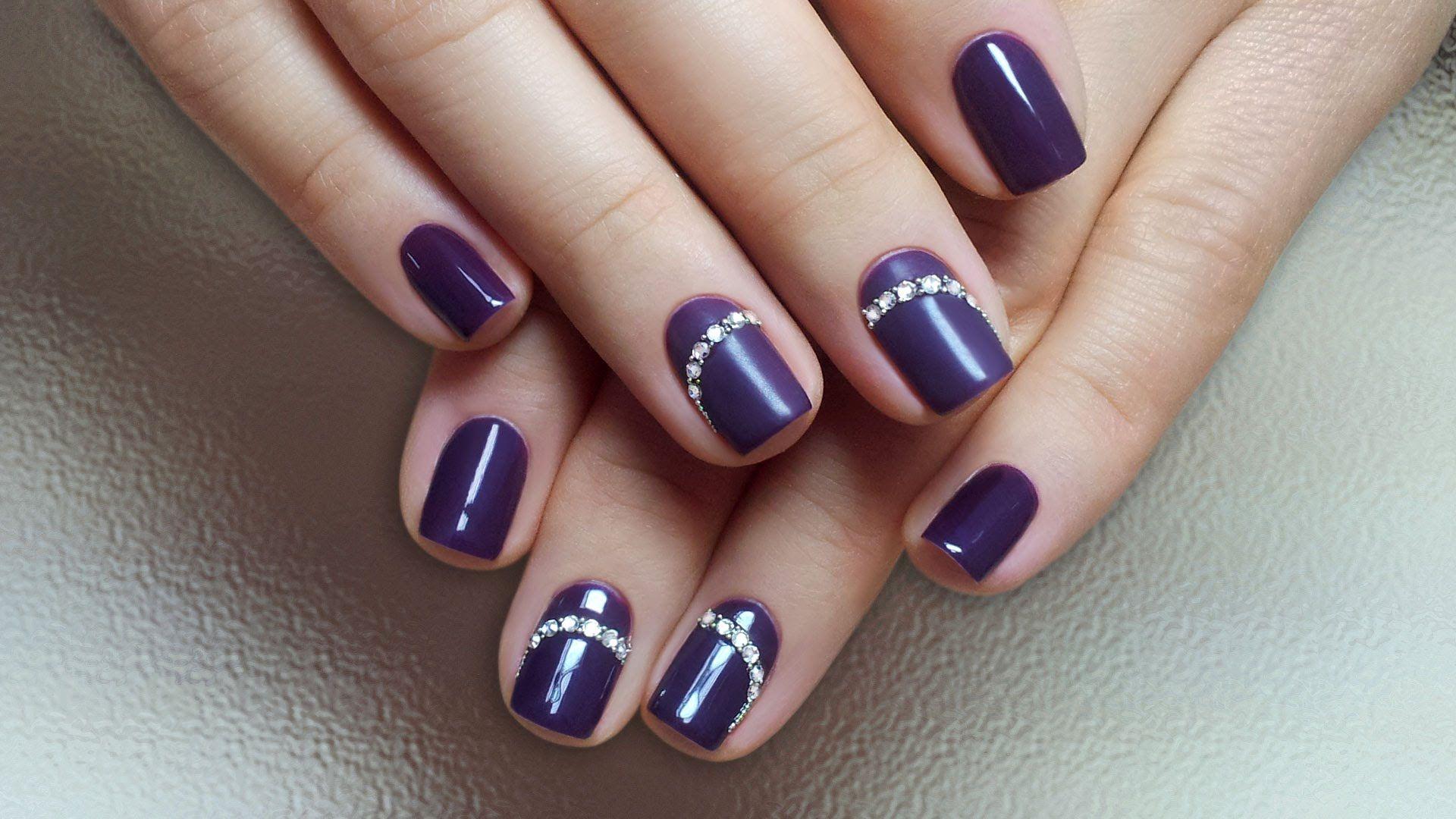 верхний дизайн ногтей со стразами фото