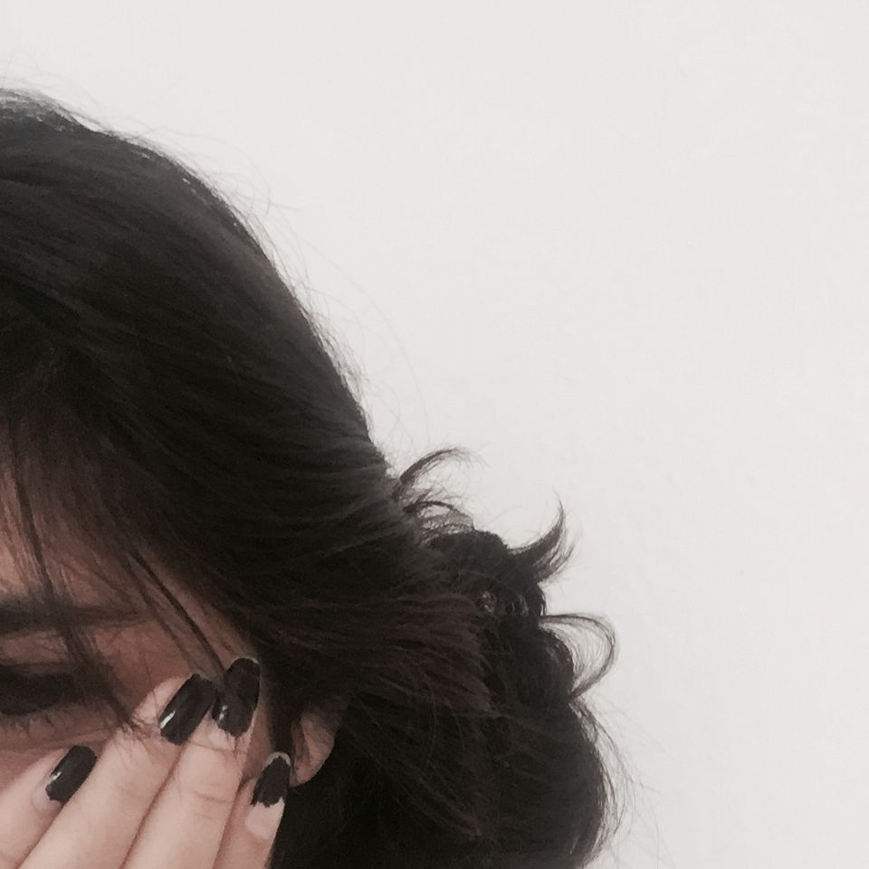 Instagram veesuii   Girl photo poses, Photo ideas girl, Girl ...