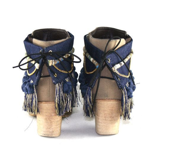 Boot covers / Boot decoration / Boot cuff / wrap / belt / Boho boots / Gypsy Hippie Chic Boho Chic Hipster Native Tribal Ethnic Ibiza #bootcuffs