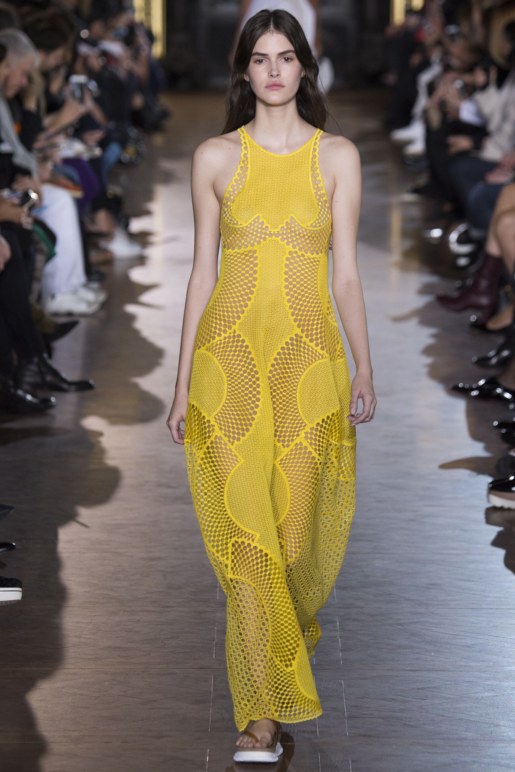 1cafb4801292 Stella McCartney Spring 2016 Ready-to-Wear Collection Photos - Vogue