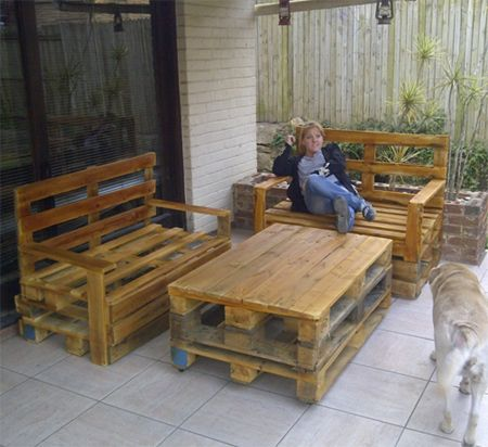 pallet outdoor bar | ... that s why older pallets are the best ...