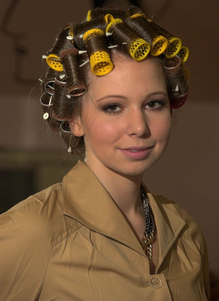 Really Mom Is This What You Wanted  Gorgeous In Rollers -7521
