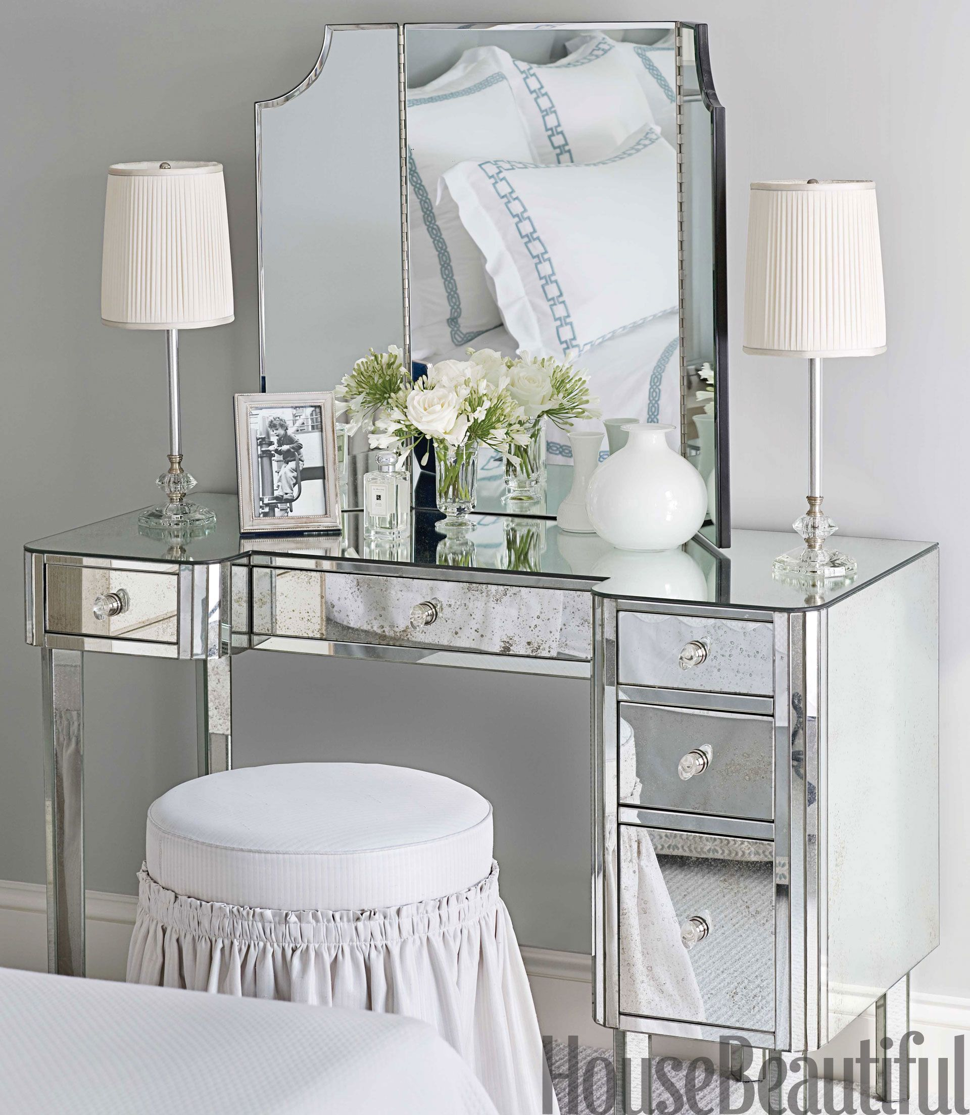 Superbe A Mirrored Dressing Table Offers Another Place To Put On Makeup. 1930s Table  Lamps From Chameleon Fine Lighting.   HouseBeautiful.com