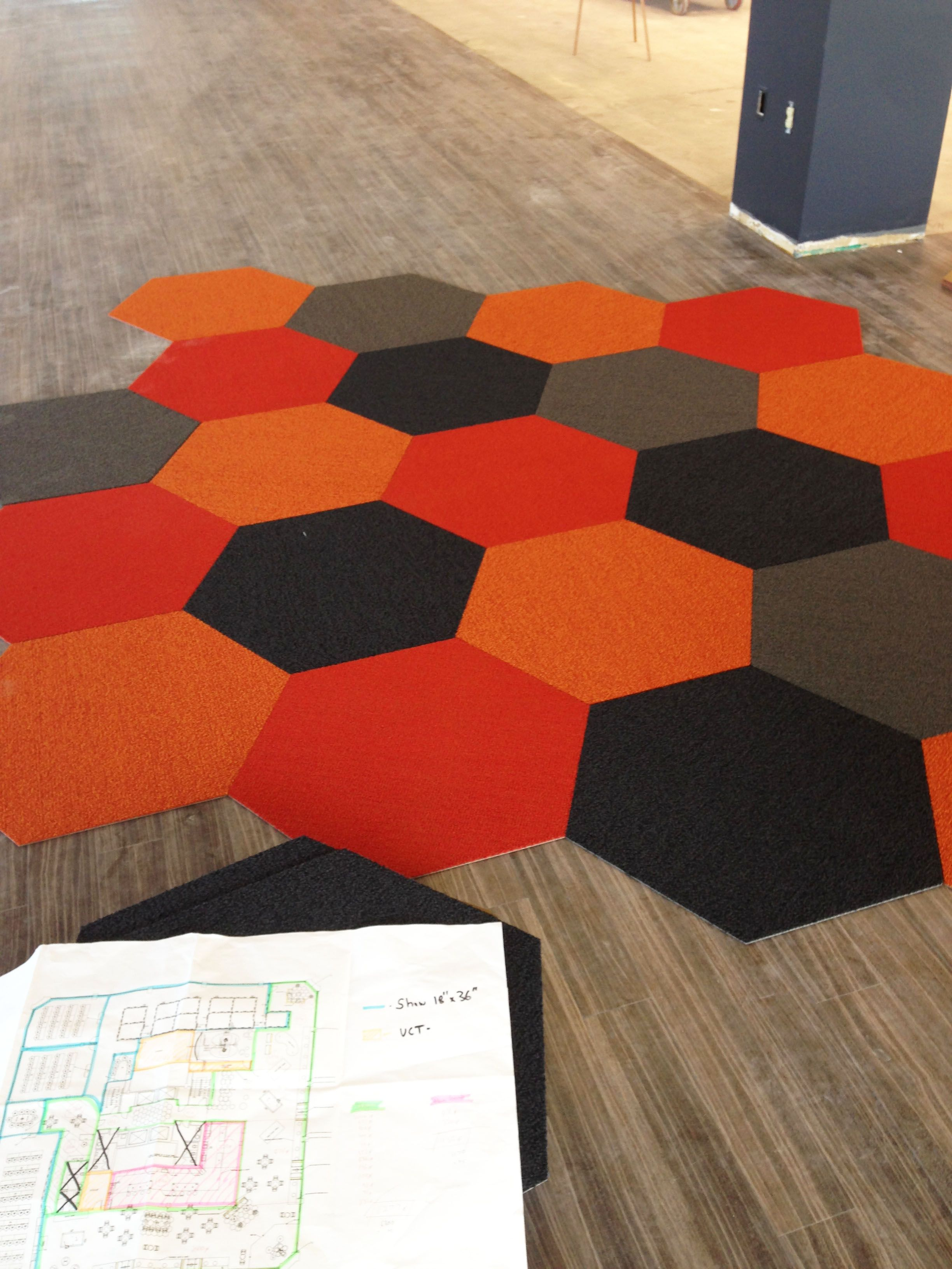 Hexagon rug commercial carpets available from pentafloor for Area carpets and rugs