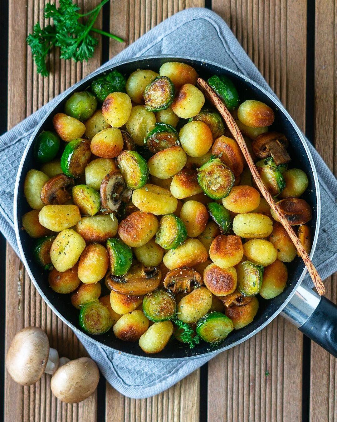 15 Minute Brussels Sprout Tempeh Stir Fry In Pursuit Of More Easy Vegan Dinner Tempeh Recipes Vegan Dinners
