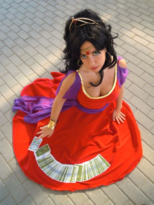 The hunchback of notre dame esmeralda in her red dress cosplay the hunchback of notre dame esmeralda in her red dress cosplay awesome costumesdiy solutioingenieria Choice Image