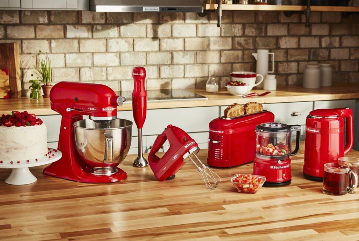 Enter for your chance to win a kitchenaid queen of hearts