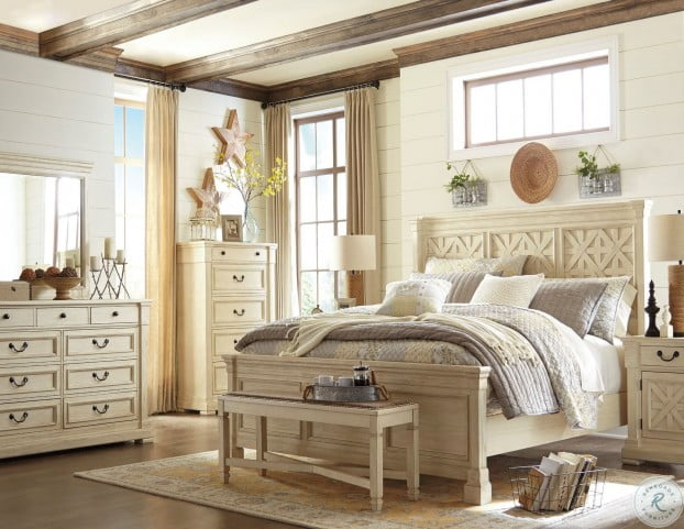 Best Bolanburg White Panel Bedroom Set With Images Bedroom 400 x 300