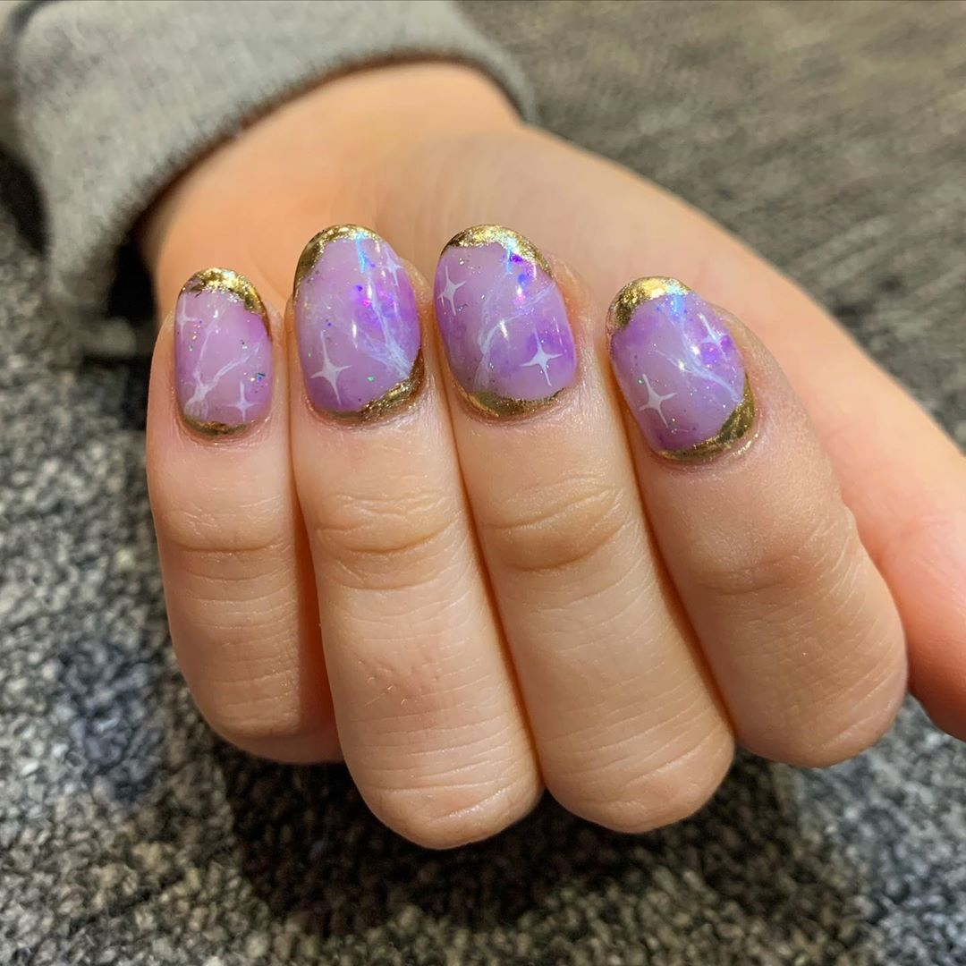 32 Likes 1 Comments Nails By Emma Nailsby Emma On Instagram Amethyst Quartz One Of My Favourite Designs So In 2020 Nails Amethyst Quartz Amethyst