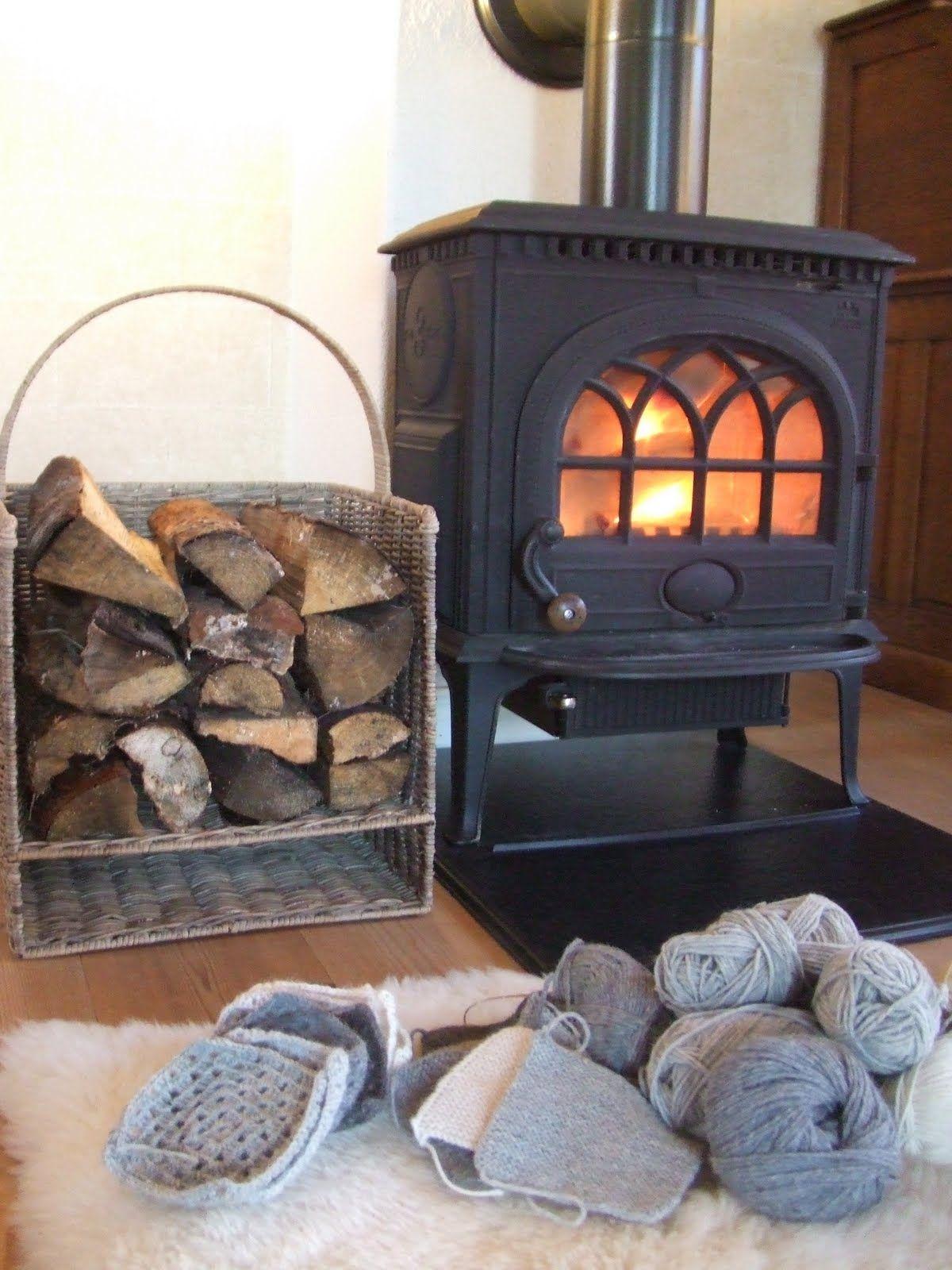 wood basket home is where the u003c3 is wood basket cottage lounge rh pinterest co uk