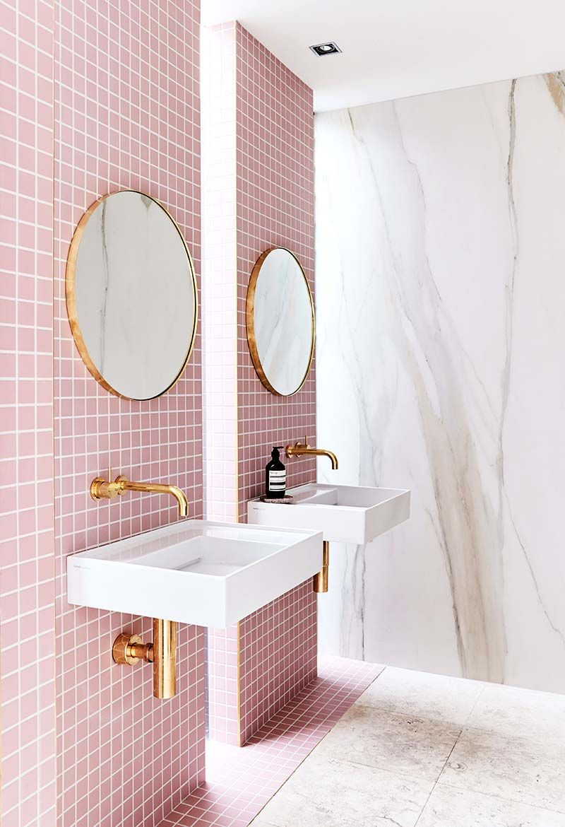 Pink tiled modern bathroom on Thou Swell @thouswellblog