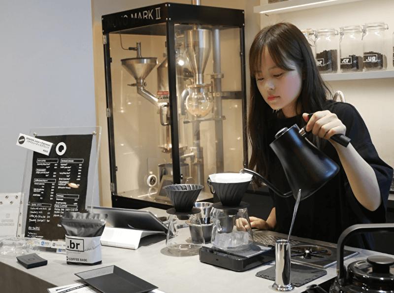 コーヒーベース カンオンドウ Coffee Base Kanondoで話題のボトルドリンク ボトル コーヒー ドリンク