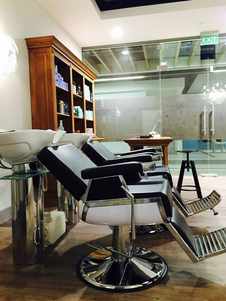 Ayala furniture Elegant Barber chair Barbershop idea