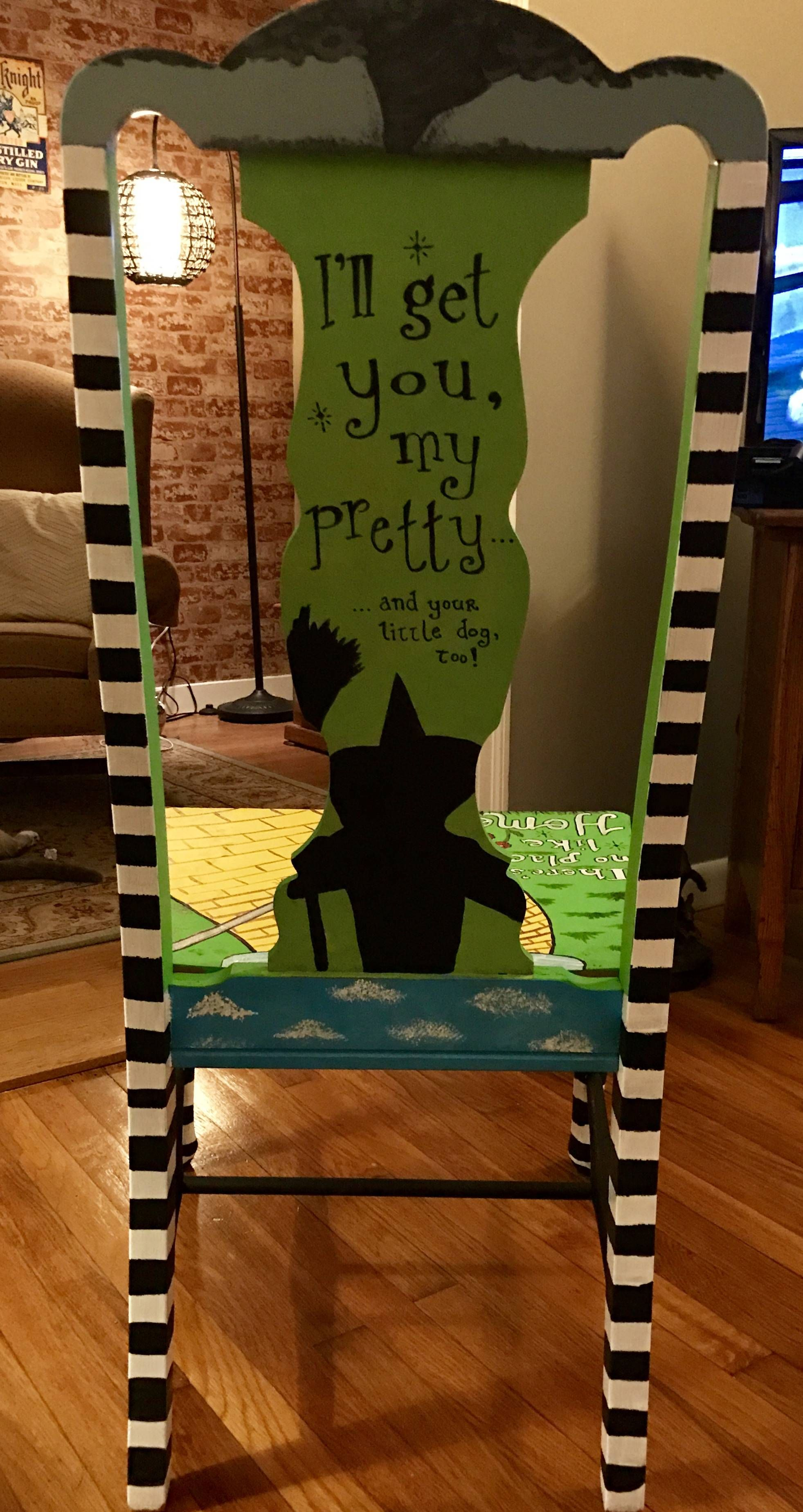 wizard of oz themed chair diyscoveries in 2019 wizard of oz rh pinterest com