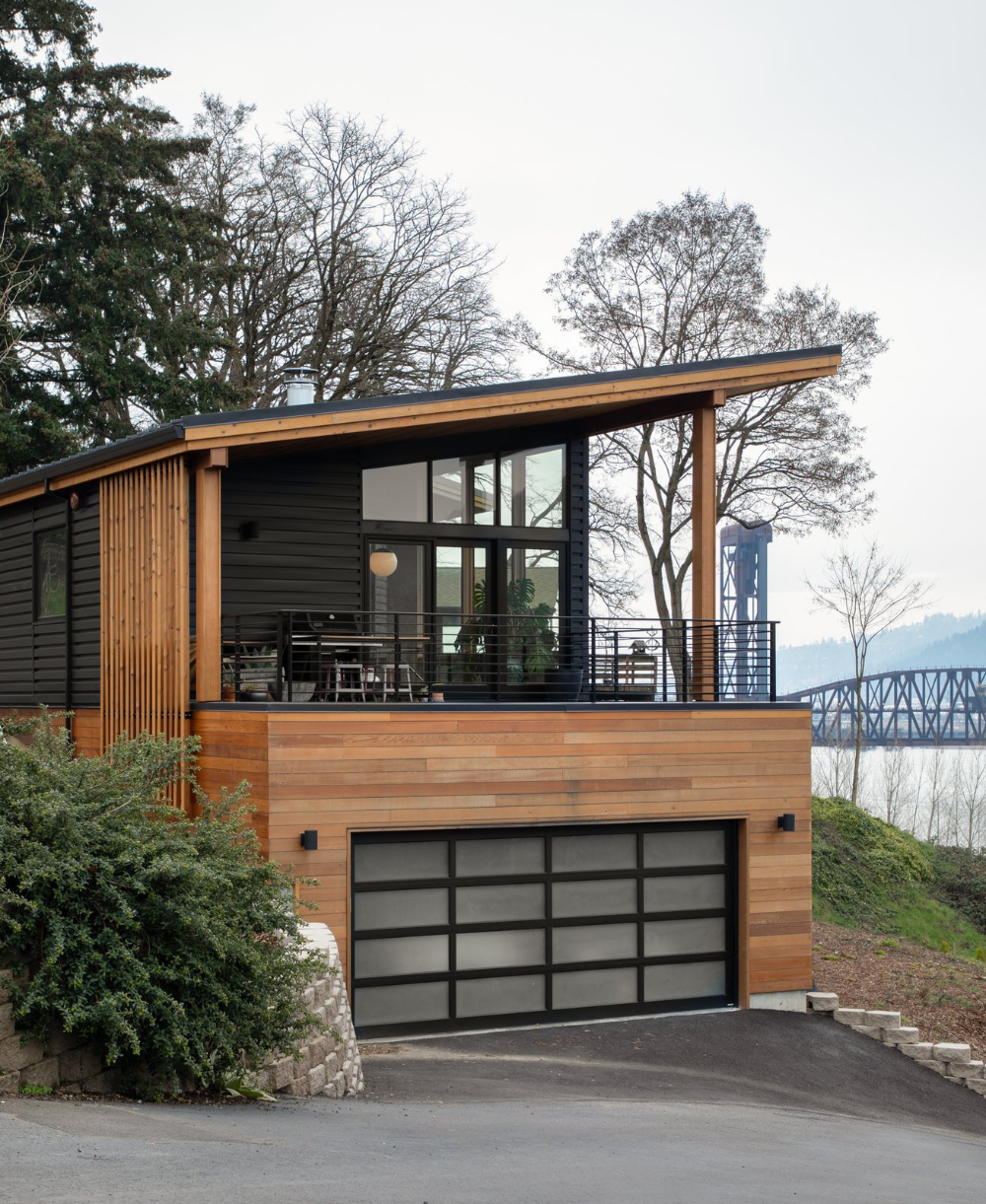 The Wriff Residence by Guggenheim Architecture + Design Studio