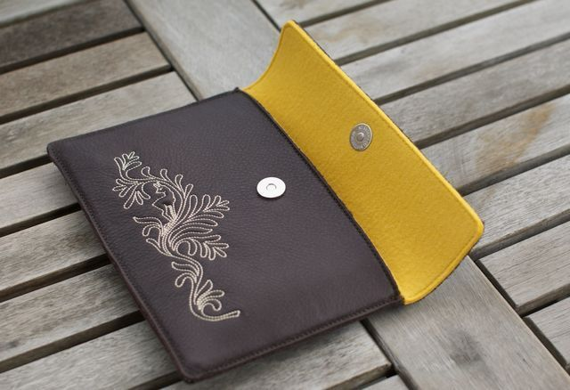 e-Reader Taschen - Kindle Tasche DEER.HONEY -  #kindleSleeve #kindlePouch #kindlePortel #kindleCase #Paperwhite #KindlePaperwhite #Kindle FireHD #KindleFire #KindleleatherSleeve