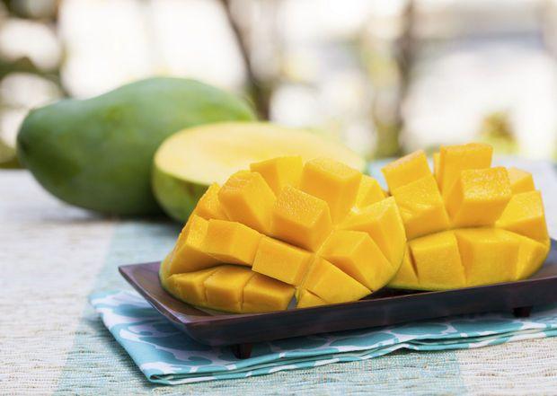 Video: 4 heerlijke gerechten met mango in 4.44 minuten