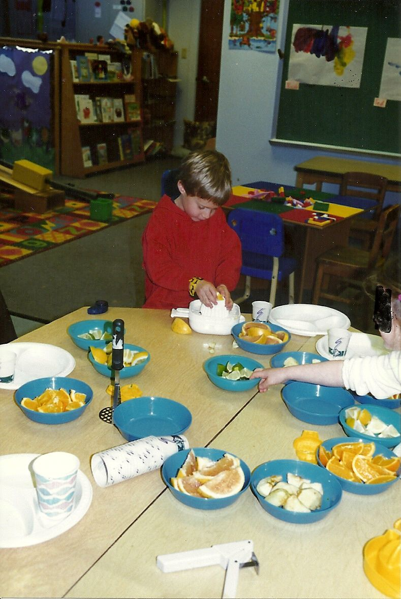 kiddiewinkles preschool can you make juice be mindful of eye squirts from fruit 153