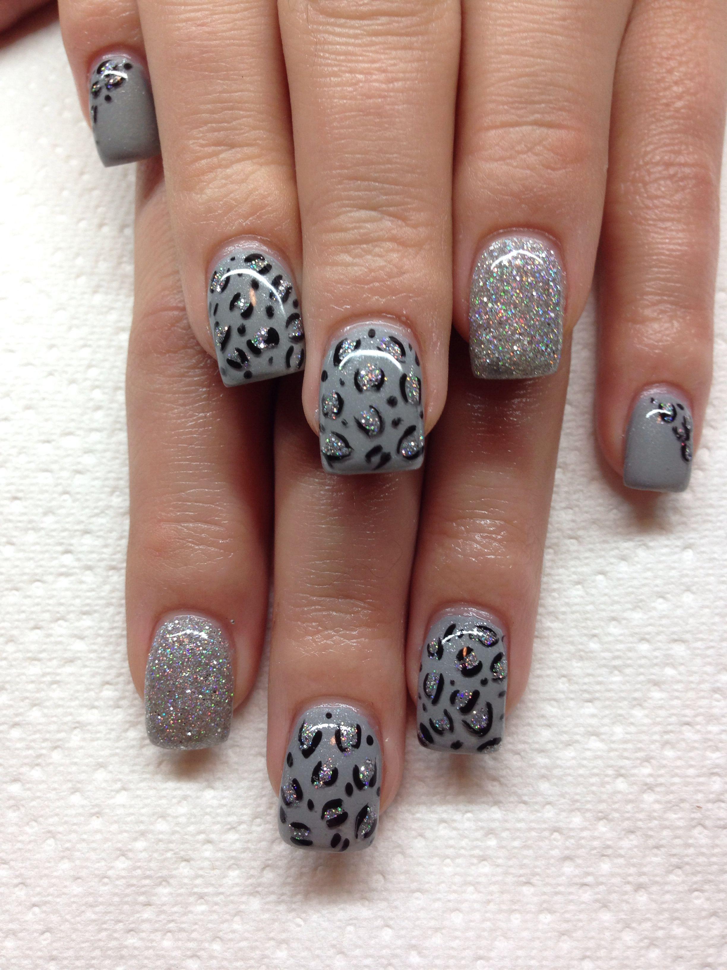 33 Earthy and Stylish Fall Nail Art Ideas | Pinterest | Hand drawn ...