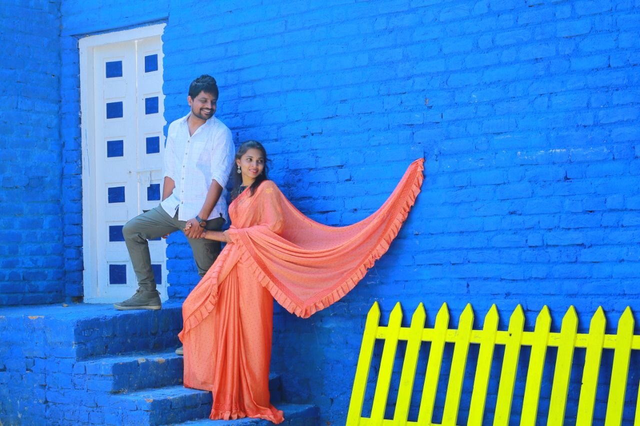 Outdoor Photoshoot Places In Hyderabad Outdoor Photoshoot Pre Wedding Photoshoot Wedding Photoshoot