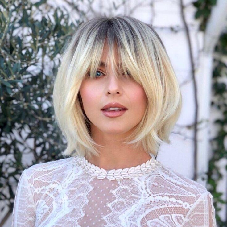 Julianne Hough in einem weißen Jumpsuit von Zuhair Murad, der vor vielen - #blond #Der #einem #Hough #Julianne #Jumpsuit #Murad #vielen #von #vor #weißen #Zuhair #juliannehoughstyle