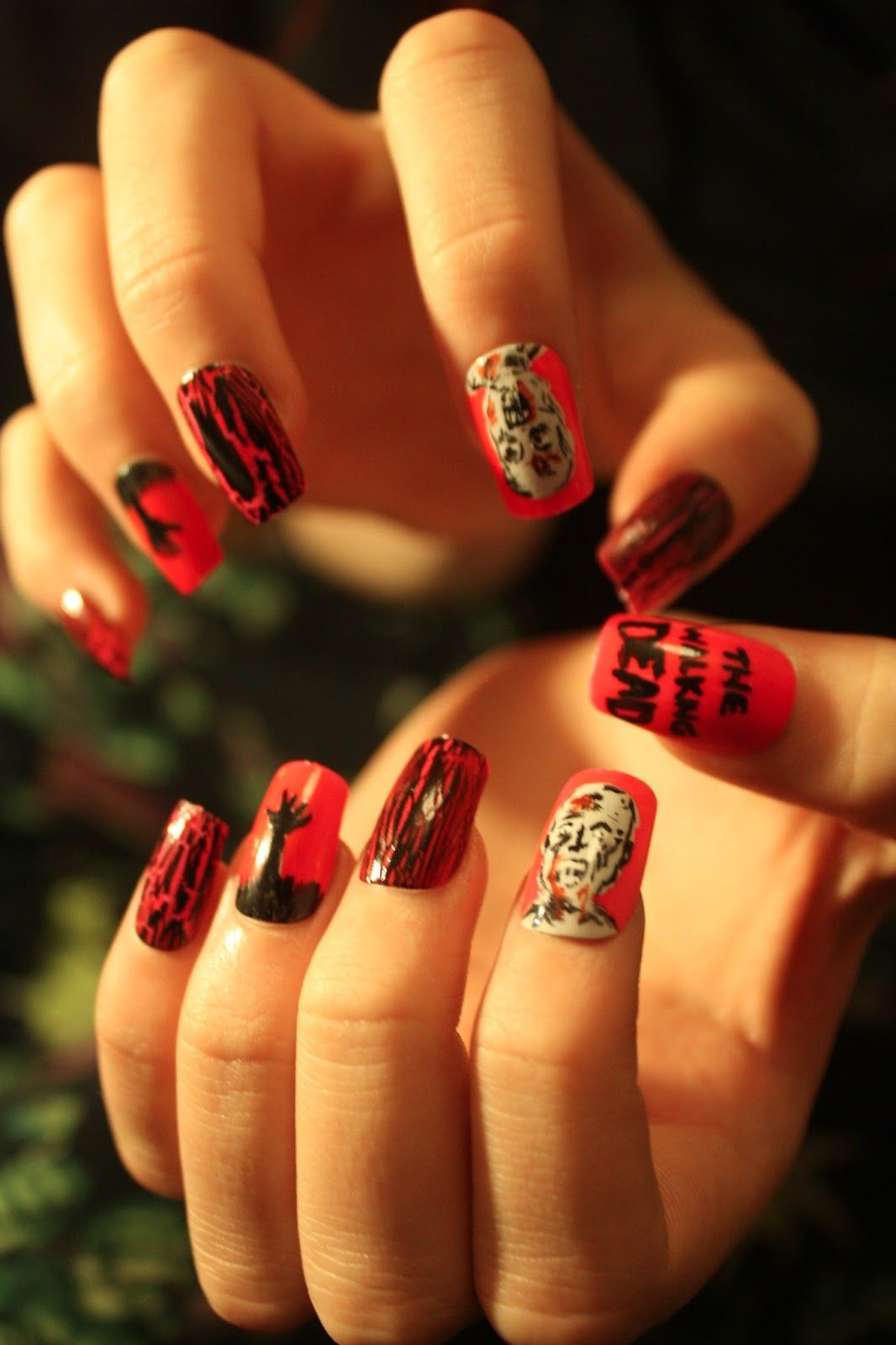 The Walking Dead Nail Art | nails | Pinterest | Nagelschere