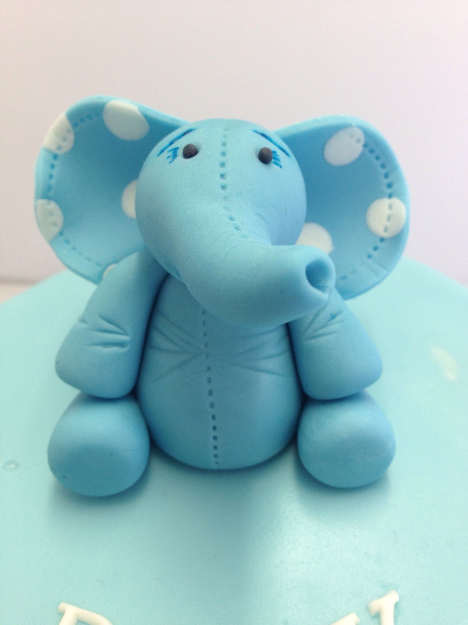 Fondant Elephant Theowlbakery Com Fondant For Cakes