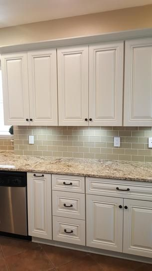 Tessera Subway Tiles Sandstone 3x6 Installed Trendy Kitchen Backsplash Kitchen Cabinet Colors Kitchen Cabinets